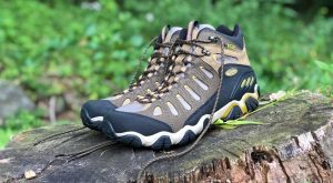 Oboz Sawtooth Mid BDry Waterproof Hiking Boots