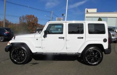 Jeep Wrangler Altitude Edition Dealer Picture 1